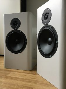 2-way acoustic suspension loudspeakers for active current-drive system for the music lover